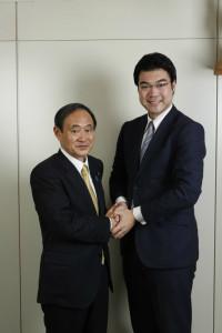 菅内閣官房長官と(平成26年)